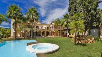 12 bedroom villa in costa del sol, marbella