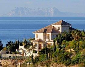 6 bedroom villa in el rosario, marbella