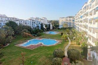 2 bedroom apartment in puerto banus, marbella