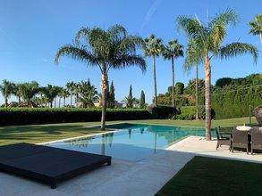 5 bedroom villa in sierra blanca, marbella
