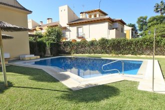 4 bedroom townhouse in puerto banus, marbella