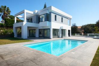4 bedroom villa in las chapas, marbella