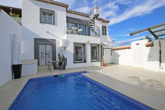 3 bedroom villa in san pedro playa, san pedro alcantara