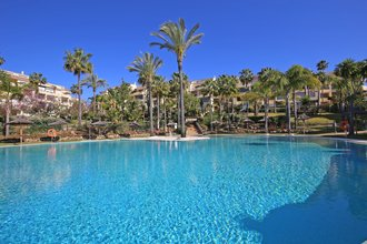 4 bedroom apartment in bahia de marbella, marbella