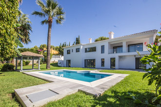 6 bedroom villa in artola, marbella