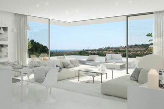 3 bedroom penthouse in atalaya, estepona