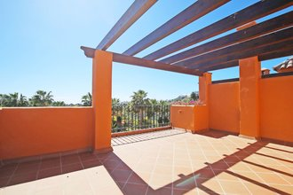 3 bedroom townhouse in el paraiso, estepona