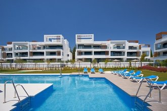 2 bedroom apartment in cancelada, estepona