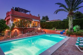 7 bedroom villa in rio real, marbella