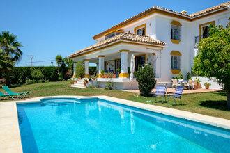 4 bedroom villa in valle del sol, san pedro alcantara