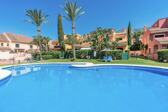 6 bedroom townhouse in marbella golden mile, marbella