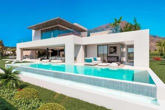 4 bedroom villa in costa del sol, estepona