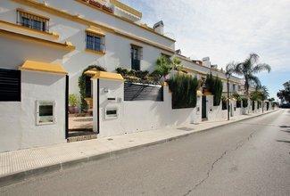 8 bedroom townhouse in marbella golden mile, marbella