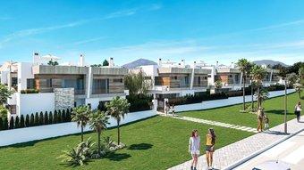 3 bedroom villa in puerto banus, marbella