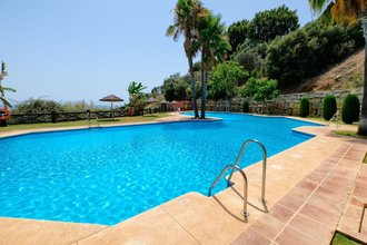 2 bedroom apartment in monte halcones, benahavis