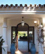 3 bedroom villa in rio real, marbella