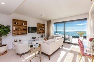 3 bedroom apartment in carvajal, fuengirola