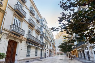 3 bedroom apartment in malaga center, malaga