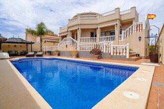 3 bedroom villa in cala de finestrat, finestrat