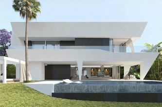 6 bedroom villa in el paraiso, estepona