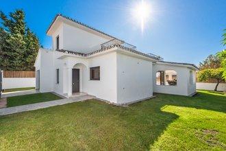 3 bedroom villa in marbella centre, marbella