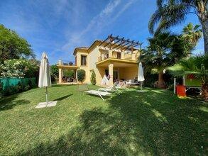 5 bedroom townhouse in nueva andalucia, marbella