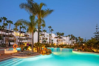 4 bedroom apartment in marbella golden mile, marbella
