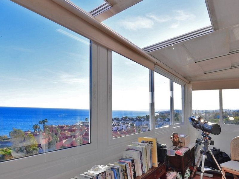 Townhouse For Sale in El Mirador del Paraiso, La Alqueria, Benahavis