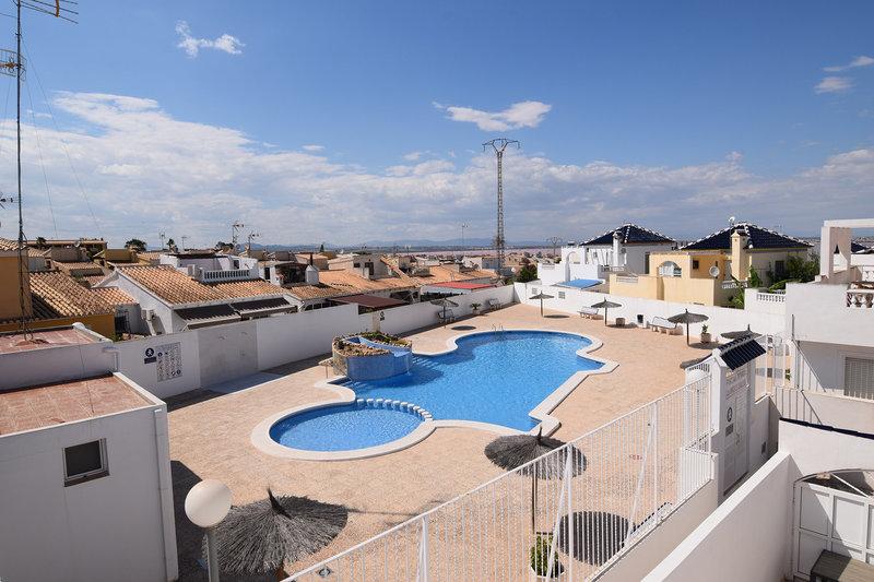 Casa de 2 dormitorios en venta en torrevieja resale 3185 - Venta de apartamentos en torrevieja baratos ...