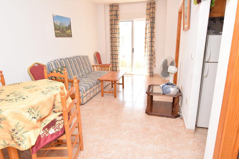 Piso de 1 dormitorio en venta en torrevieja resale 3172 for Piso 1 dormitorio