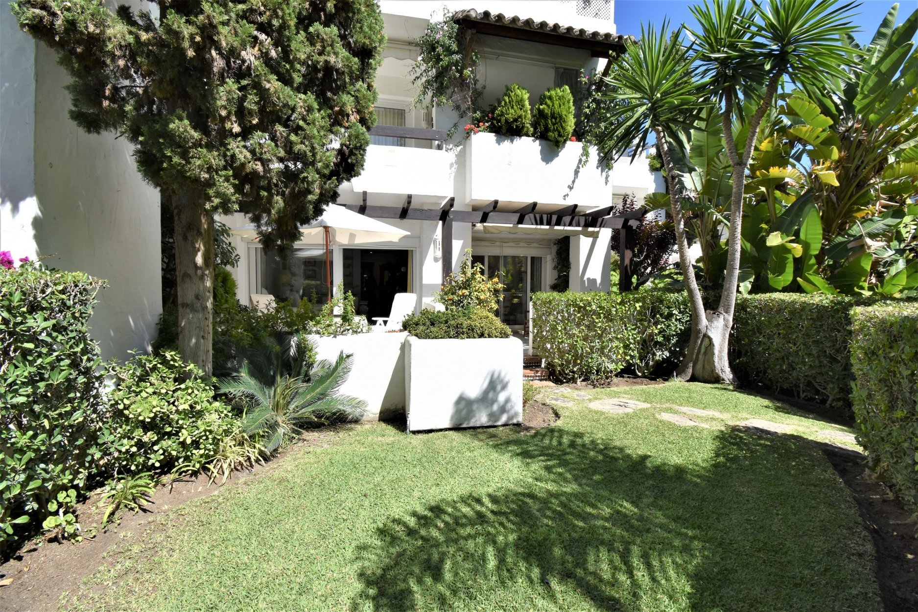 Garden Apartment For Rent In Alhambra Del Mar A 23163 Rd