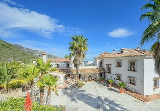 8 bedroom country-house in costa del sol, ojen