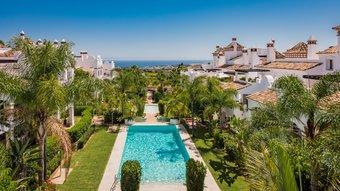 3 bedroom apartment in sierra blanca, marbella