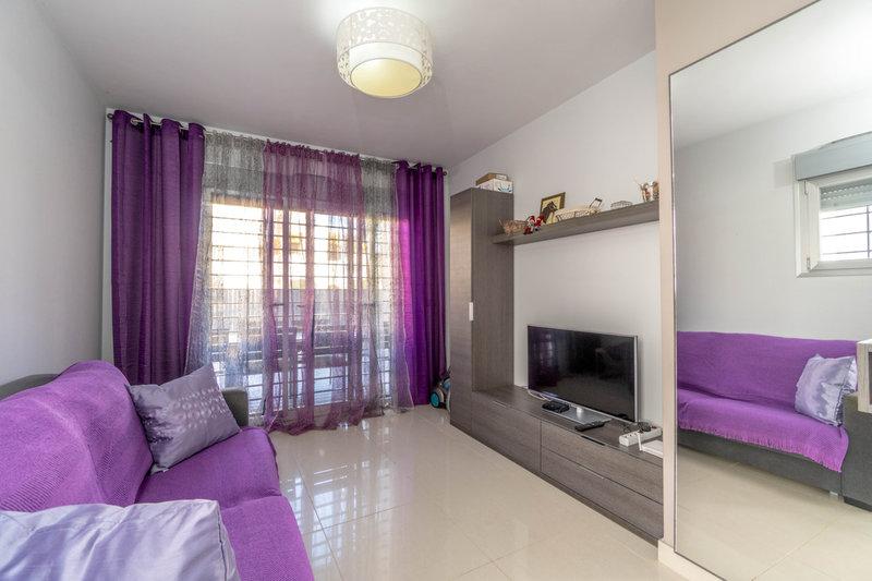 Piso de 2 dormitorios en venta en los altos 1212 for Pisos en subasta madrid