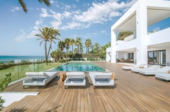 12 bedroom villa in new golden mile, estepona