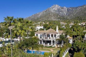 6 bedroom villa in sierra blanca, marbella