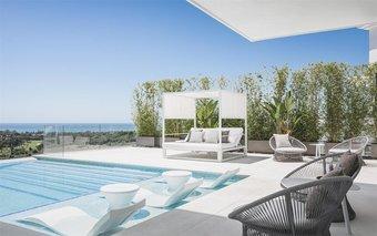 7 bedroom villa in el paraiso, estepona