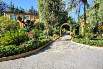 8 bedroom villa in costa del sol, san pedro alcantara