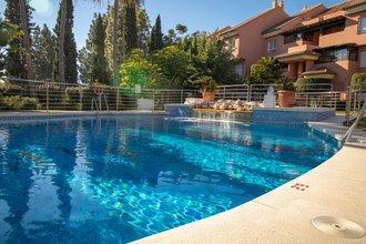 4 bedroom apartment in puerto banus, marbella