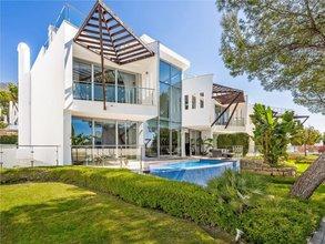 3 bedroom villa in sierra blanca, marbella