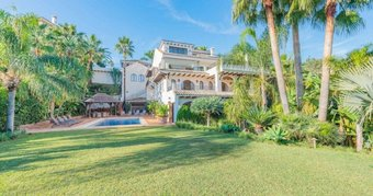 6 bedroom villa in nueva andalucia, marbella