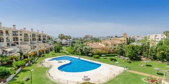 2 bedroom apartment in riviera del sol, mijas