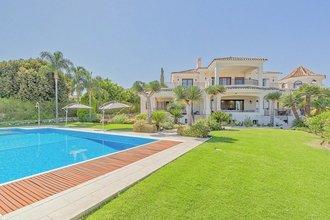 11 bedroom villa in el paraiso, estepona