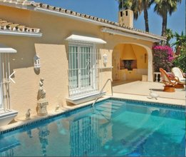 3 bedroom villa in nagueles, marbella