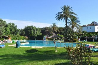 2 bedroom townhouse in atalaya, estepona