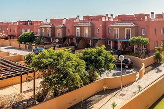 3 bedroom townhouse in costa del sol, corralejo