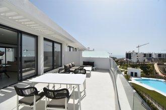 2 bedroom apartment in carvajal, fuengirola