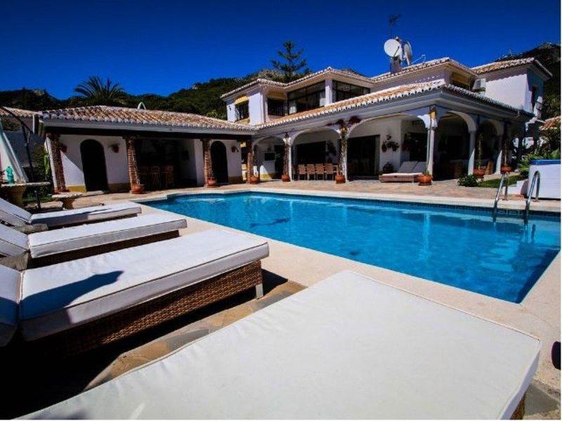 fca41e83b46 Villa with Sea Views for sale in Mijas Pueblo - M205903