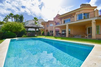6 bedroom villa in bahia de marbella, marbella