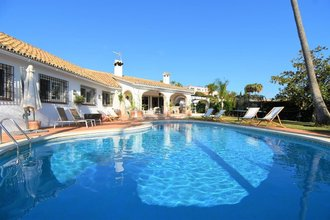 5 bedroom villa in el rosario, marbella